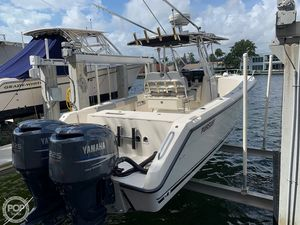 Used Pursuit 2670 CUD Center Console Fishing Boat For Sale