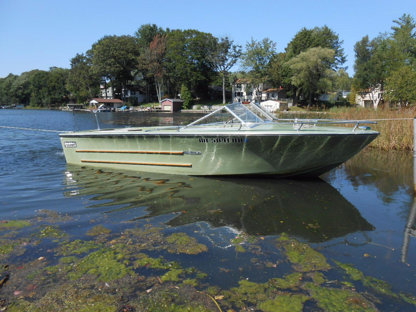 Used Sea Ray 190 SRV Antique and Classic Boat For Sale