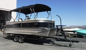 New Manitou 23 AURORA LE RF SHP Pontoon Boat For Sale