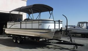 New Manitou 25 Aurora LE RF SHP Pontoon Boat For Sale