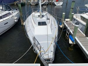 Used Hunter 30 Power Cruiser Sailboat For Sale