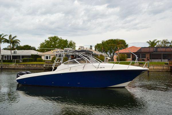 Used Fountain 33 Sportfish Cruiser Boat For Sale