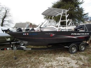 Used Tracker Targa V-18 WT Freshwater Fishing Boat For Sale