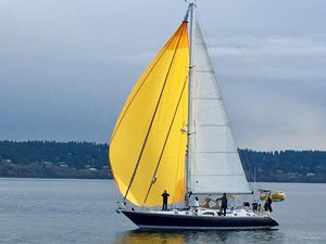 Used Hylas 49 Cruiser Sailboat For Sale