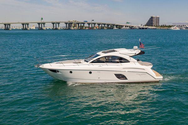 Used Beneteau Gran Turismo 44 Motor Yacht For Sale