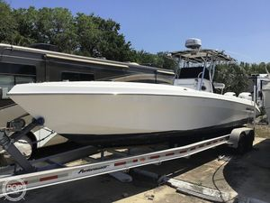Used Dakota 32 SF Center Console Fishing Boat For Sale