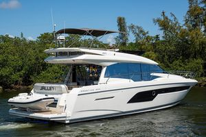 Used Prestige 520 Flybridge Boat For Sale