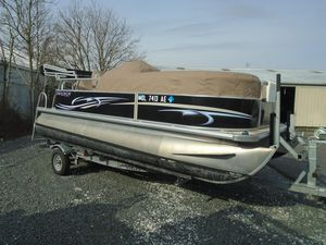Used Starcraft Stardeck 180 Cruise Pontoon Boat For Sale