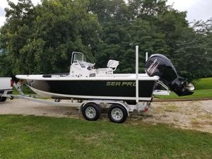 Used Sea Pro 208 Bay Saltwater Fishing Boat For Sale