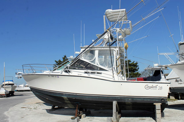 Used Carolina Classic Express Sports Fishing Boat For Sale