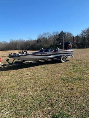 Used Bass Cat Pantera Classic 22 Bass Boat For Sale