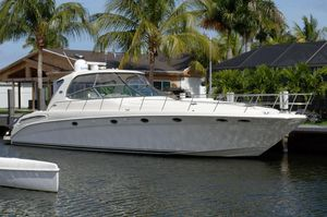Used Sea Ray Sundancer 550 Express Cruiser Motor Yacht For Sale