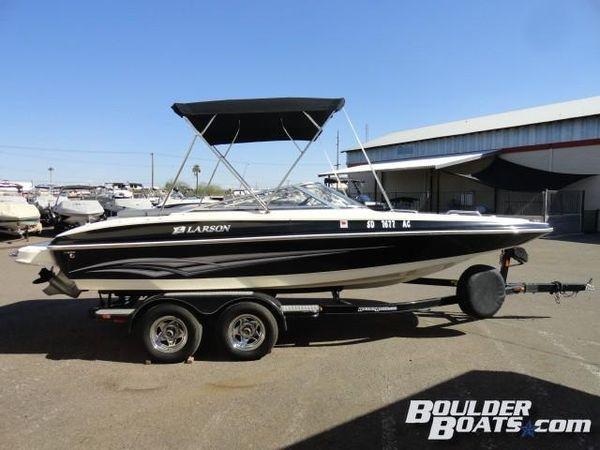 Used Larson Escape 204 Deck Boat For Sale