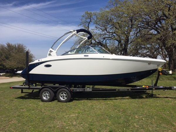 New Cobalt R3 Surf Bowrider Boat For Sale