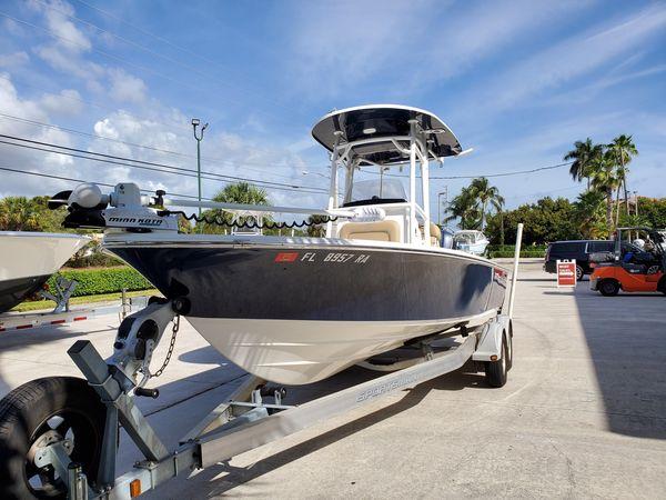 Used Sportsman Platinum 247 Bay Boat For Sale