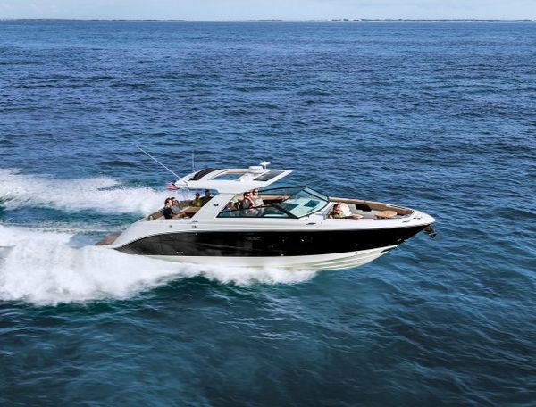 New Sea Ray 400SLX Sports Fishing Boat For Sale