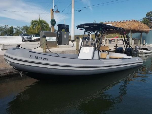 Used Nautica Wide Body Center Console Fishing Boat For Sale