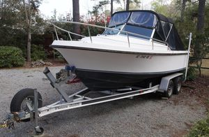 Used Limestone L20 Cuddy Cabin Sports Fishing Boat For Sale