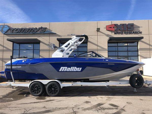 New Malibu 25 LSV Ski and Wakeboard Boat For Sale