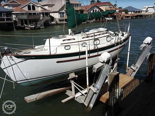 Used Pacific Seacraft Dana 24 Racer and Cruiser Sailboat For Sale