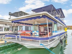 Used Stardust Cruisers 16 X 62 With Catwalks House Boat For Sale