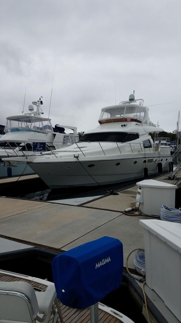 Used Johnson 58' Motor Yacht Motor Yacht For Sale