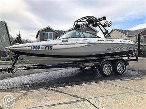 Used Supreme S211 Ski and Wakeboard Boat For Sale