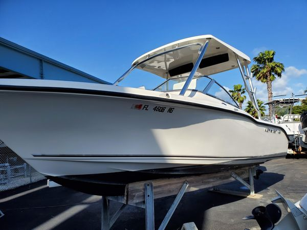 Used Key West 239 DFS Dual Console Boat For Sale