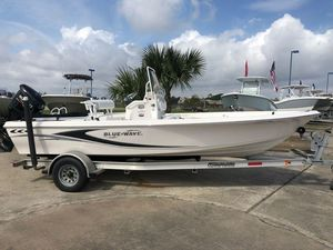 New Blue Wave 2000 PureBay Center Console Fishing Boat For Sale