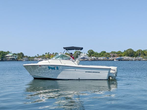 Used Hydra-Sports 2100 WA Center Console Fishing Boat For Sale