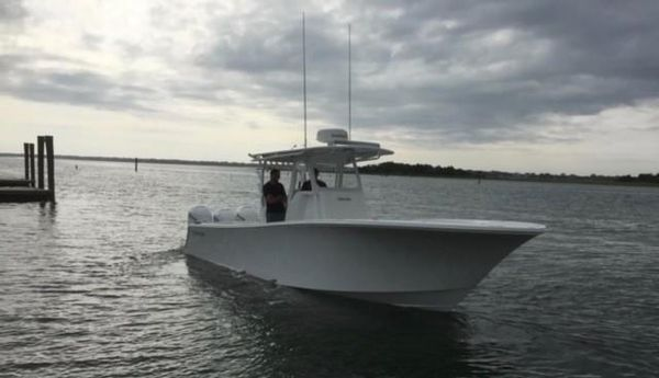 Used Onslow Bay 33 TE Center Console Fishing Boat For Sale