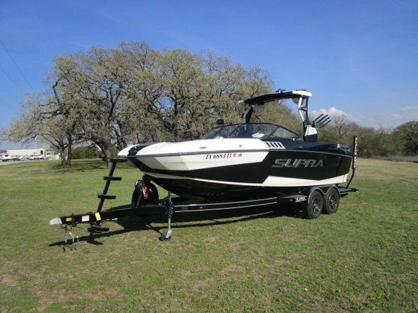 Used Supra SA450 Ski and Wakeboard Boat For Sale