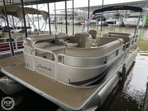 Used Sweetwater SW2286 Pontoon Boat For Sale