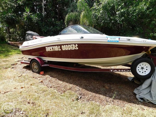 Used Tracker Tahoe 550 TS Bowrider Boat For Sale