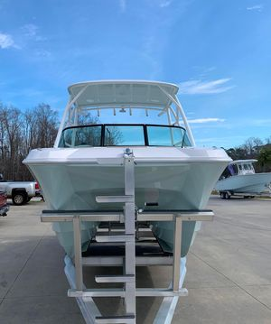 New Twin Vee 240 DC Dual Console Boat For Sale