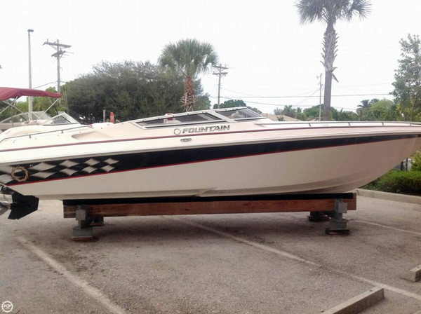 Used Fountain Fever 27 High Performance Boat For Sale