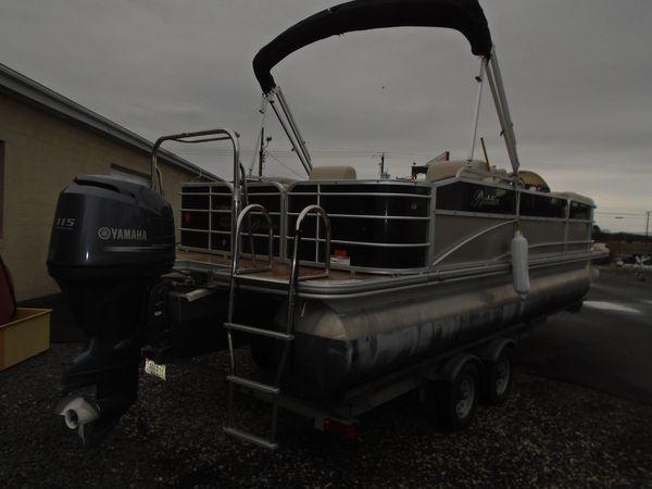 Used Berkshire 233SLX Pontoon Boat For Sale
