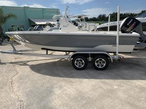 New Pathfinder 2005 TRS Bay Boat For Sale