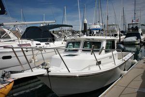 Used Parker 2320 SL Sport Cabin Cruiser Boat For Sale