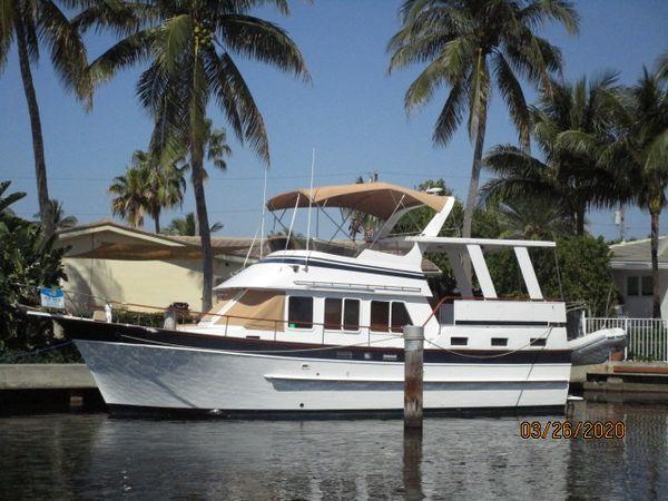 "Used Marine Trader ""40"" Sundeck Trawler Motor Yacht For Sale"