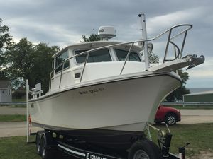 Used Parker 2520 XLD Sport Cabin Saltwater Fishing Boat For Sale