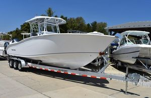 New Cape Horn 32 T Center Console Fishing Boat For Sale