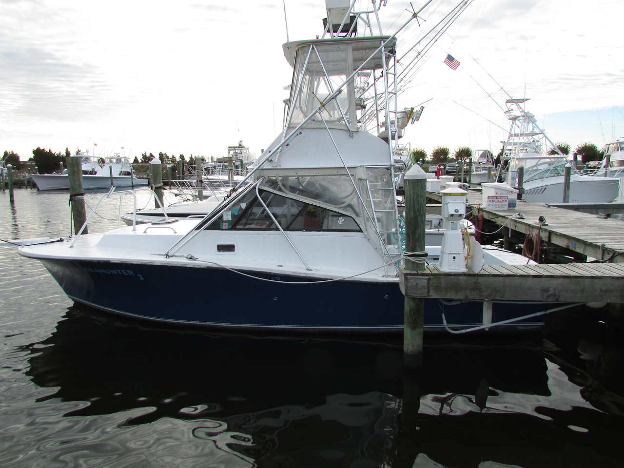 1990 used newton 32 convertible sports fishing boat for for Used fishing boats for sale in eastern nc