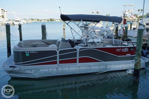 Used Suncatcher V22GT Pontoon Boat For Sale