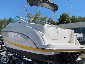 Used Maxum 2500SCR Express Cruiser Boat For Sale