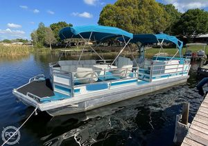 Used Jc 266 Tri Toon Pontoon Boat For Sale