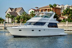 Used Carver 460 Voyager Motor Yacht For Sale