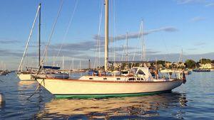 Used Hinckley Sou'wester 42 Sloop Cruiser Sailboat For Sale