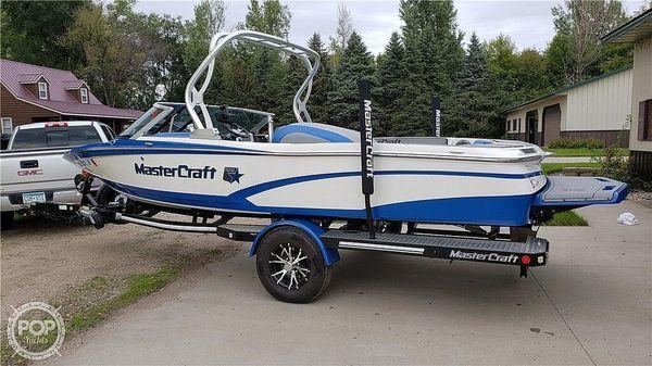 Used Mastercraft Prostar Ski and Wakeboard Boat For Sale