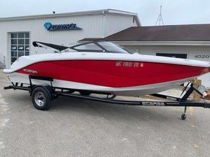 Used Scarab 215 Runabout Boat For Sale